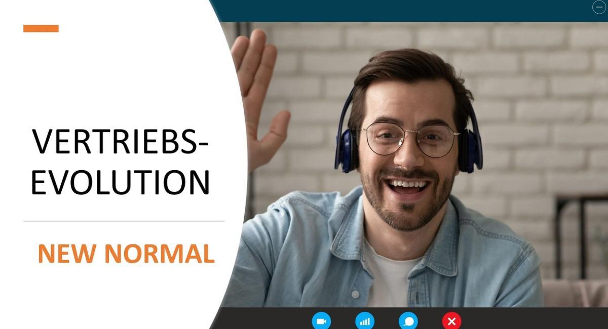 Der Vertrieb und die Kommunikation mit Kunden in 'new normal'. Ein freundlicher Vertriebsmitarbeiter in virtuellem Gespräch auf dem Bildschirm.
